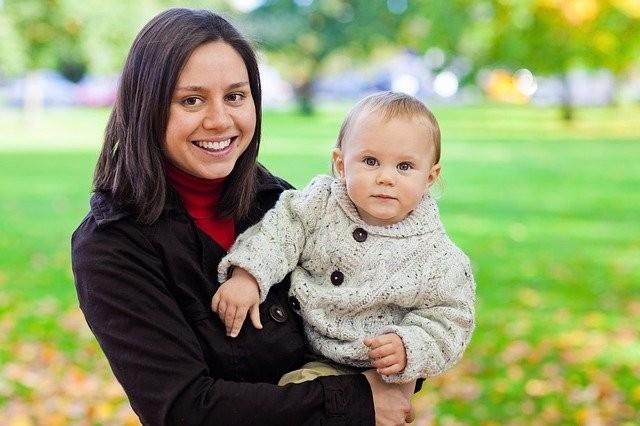 Wohlbefinden von Eltern: Mit Kindern mehr Gefühle im Alltag – positive und negative