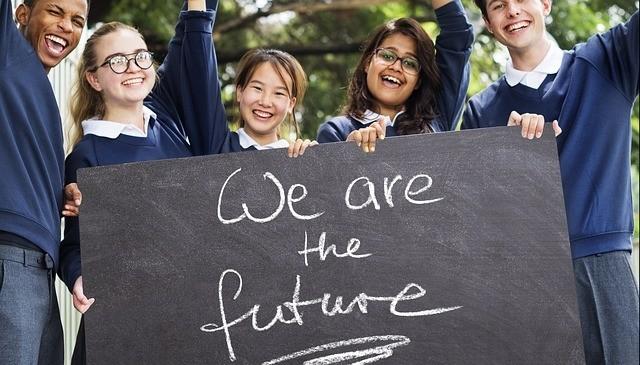 PISA-Studie: Jugendliche gut informiert, weniger engagiert