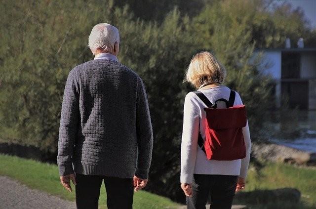 Aktuelle Studie weist Hörminderung als Risikofaktor für Demenz nach