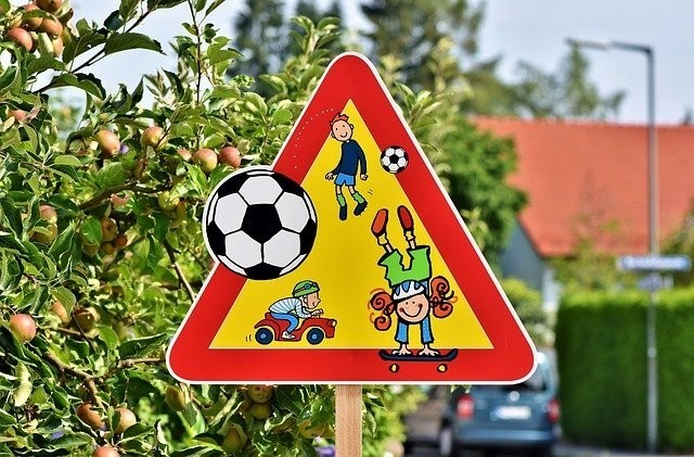 Aufbruch in ein kindgerechtes Deutschland: Umdenken in der Stadt- und Verkehrsplanung notwendig